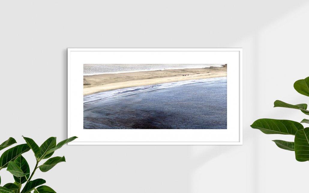 Villasimius, Spiaggia Timi Ama, 2008 (cavalli sulla spiaggia) - Fotografia Fine Art - Formato stampa 110x50cm / Luca Tamagnini Catalogo 2010-001