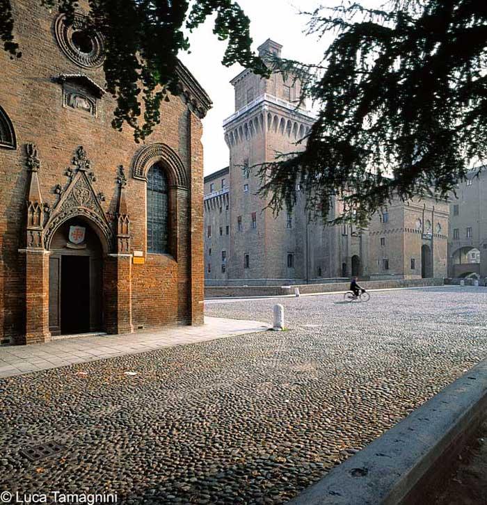 Paesaggi italiani - Farrara, 1996 - Foto di Luca TamagniniAUTORIZZAZIONE OBBLIGATORIA PER TUTTI GLI UTILIZZI. RIVOLGERSI A PHOTOATLANTE SRL