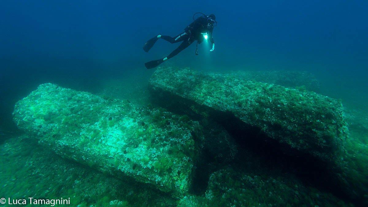 Marzamemi 2007 - Relitto delle colonne, archeologia subacquea, III sec.d.C. - Foto di Luca Tamagnini