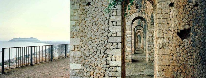 Fotografia di Paesaggio di Luca Tamagnini - Terracina Tempio di Giove Anxur, 2017 - Fotografia di Paesaggio