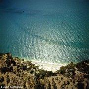 Gargano Mattinata Spiaggeta della Baia Rossa dal cielo