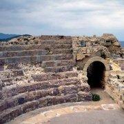 Sardegna, Nora Teatro Antico sullo sfondo il mare / Luca Tamagnini Catalogo 1992-031