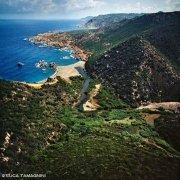 Sardegna, Costa Paradiso Cala Tinnari dal cielo / Luca Tamagnini Catalogo 1992-046