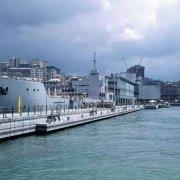 Genova 1992. L'Acquario nel porto antico di Genova da poco inaugurato per i 500 anni della scoperta dell'America (Colombiadi del 1992)