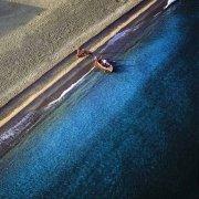 Lido di Palmi barca di pescatori sulla spiaggia dal cielo