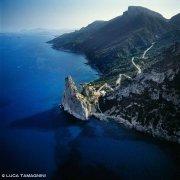Sardegna, Pedra Longa dal cielo (foto aerea)