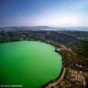 Foto Golfo di Napoli. Lago Averno dal cielo