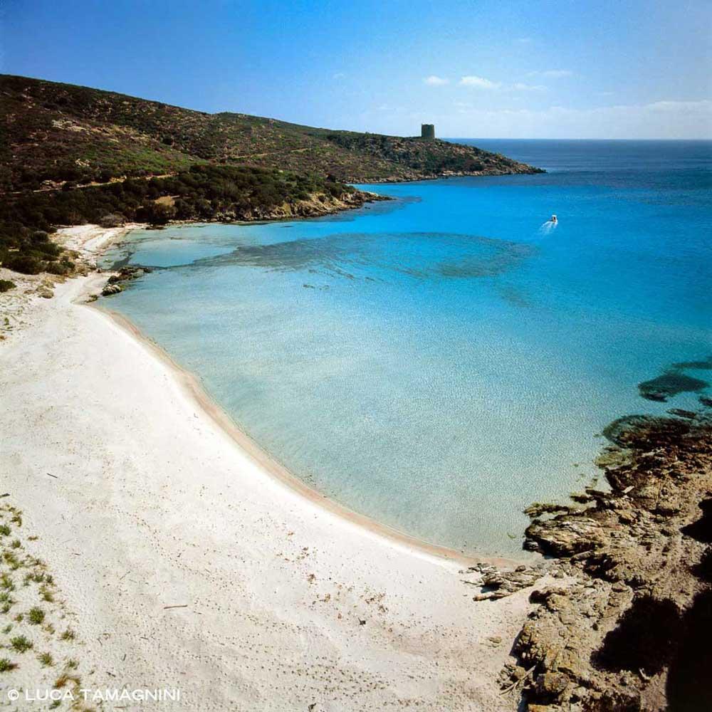 Isola dell'Asinara Cala Arena dal cielo (foto aerea) / Luca Tamagnini Catalogo 2002-012