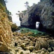 Isole Tremiti Isola di San Domino Grotta delle Viole