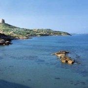 Sardegna, Penisola del Sinis Tharros e Torre di San Giovanni vista in riva al mare / Luca Tamagnini Catalogo 2004-005