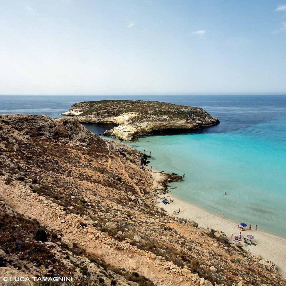 Foto Mare Sicilia. Isole Pelagie Isola di Lampedusa Spiaggia ed Isola dei Conigli
