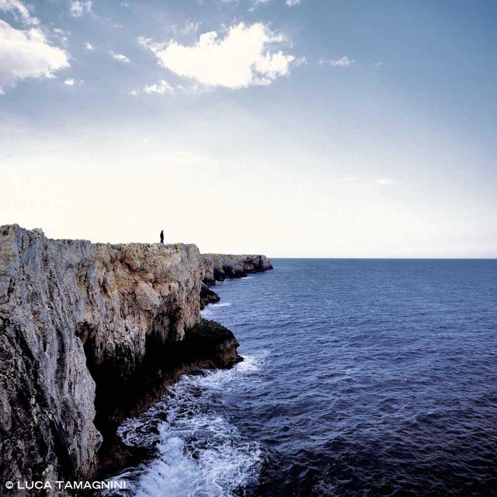 Siracusa Plemmirio scogliera a picco sul mare di Capo Murro di Porco