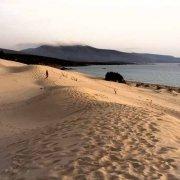 Sardegna, Dune di Porto Pino sullo sfondo il mare e il promontorio di Capo Teulada / Luca Tamagnini Catalogo 2008-009