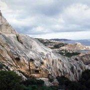 Arcipelago di La Maddalena, Isola di Caprera, Batteria di Candeo, casematte mimetizzate nei graniti / Luca Tamagnini Catalogo 2009-001