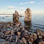Sardegna, Isola di San Pietro, Le Colonne di Carloforte sullo sfondo il mare e la costa di Sant'Antioco / Luca Tamagnini Catalogo 2009-004B