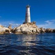 Arcipelago di La Maddalena, Caprea, Isole Monaci il Faro e le scalette scolpite nel granito / Luca Tamagnini Catalogo 2009-009