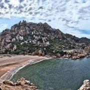Sardegna, Costa Paradiso, Spiaggia di Li Cossi deserta / Luca Tamagnini Catalogo 2010-020