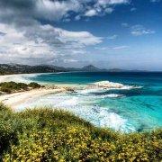 Sardegna, Costa Rei Scoglio Peppino spiaggia in un mare turchese