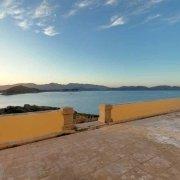 Sardegna, Isola dei Cavoli Terrazza del Faro sullo sfondo il mare e Capo Carbonara