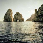 Faraglioni di Capri dal mare al tramonto