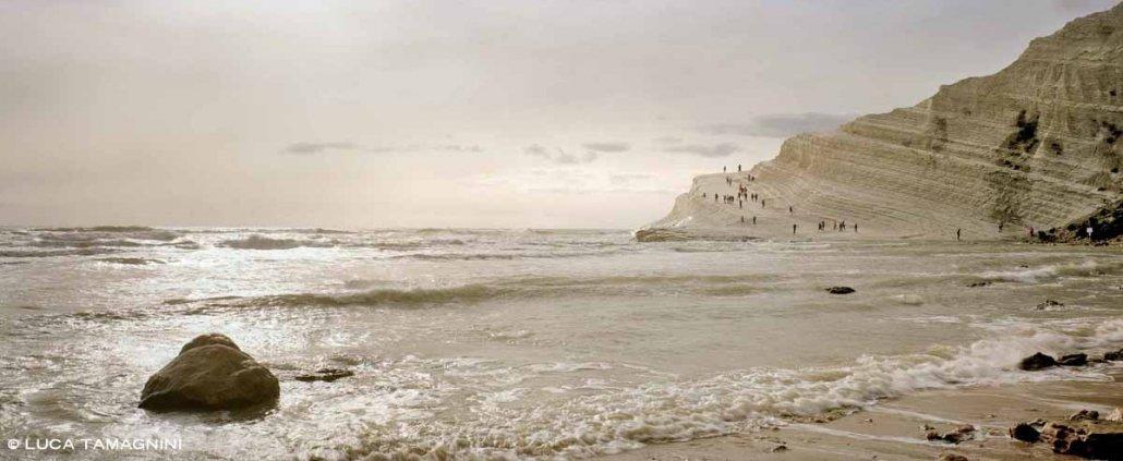 Realmonte Scala dei Turchi mare in controluce