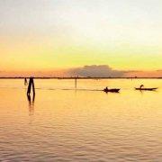 Laguna Veneta al tramonto vista dall'Isola di Burano