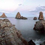 Acitrezza Faraglioni e Isole dei Ciclopi