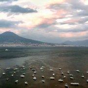 Golfo di Napoli da Mergellina Vesuvio sullo sfondo