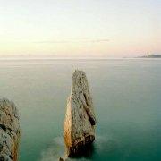 Immagine Mare Fine Art / Sardegna, Bugerru, Scoglio Nido d'Aquila, sullo sfondo il mare e l'orizzonte / Luca Tamagnini Catalogo 2019-001