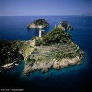 Costiera Amalfitana Isolotti Li Galli dal cielo (foto aerea)