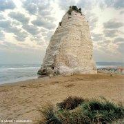 Foto Mare Adriatico. Gargano Vieste Scoglio Pizzomunno