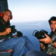 Luca Tamagnini e Folco Quilici in elicottero sul Mar di Sicilia 1990