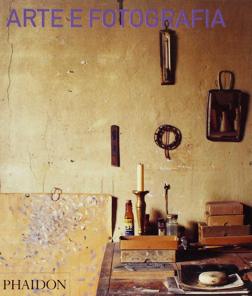 Copertina del libro Arte e Fotografia di David Campany edito dalla Phaidon